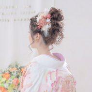 ピンク系でまとめた髪飾りが着物に合います♡