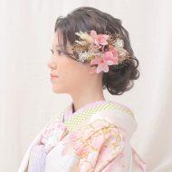 ピンクの胡蝶蘭がポイントの髪飾り*。