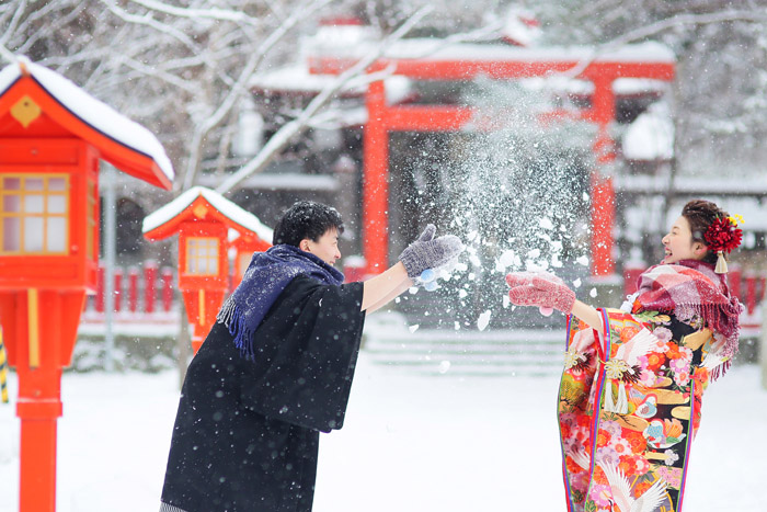北海道の冬の雪のロケーションフォトウエディング